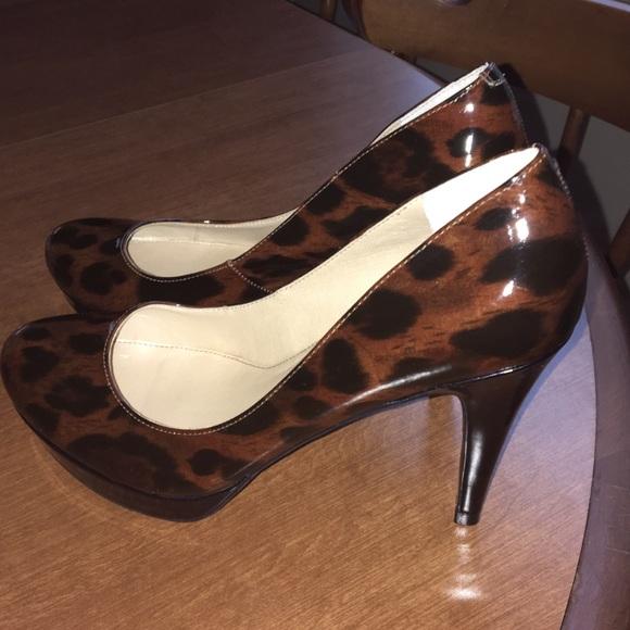 47cad31bfef Marc Fisher Leopard animal print pumps Size 7.5